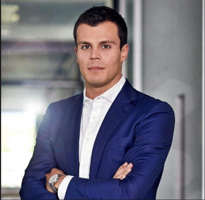 Stefan Bachmann wird neben seiner Position als Chief Digital Officer bei der JDC Group AG nun auch Vorstandsmitglied bei der Jung, DMS & Cie. AG.