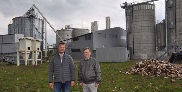 Pelletproduktion im Bioenergiepark - Blue Energy - Alle Pellets schon verkauft