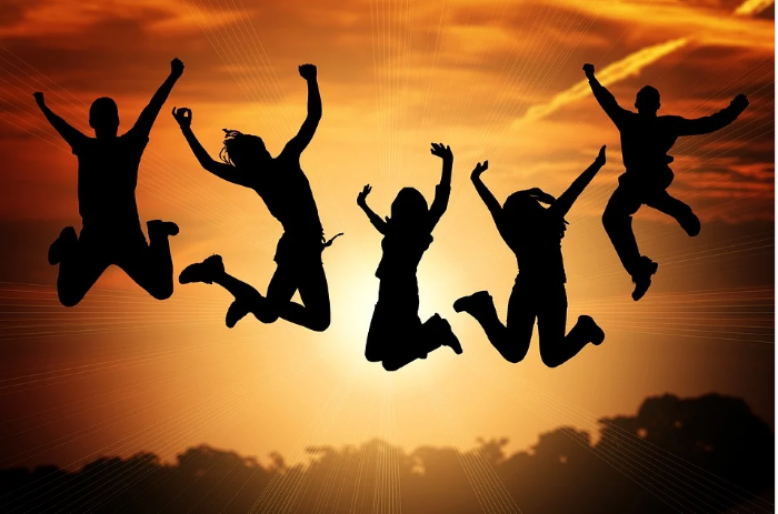 EFS AG - Versicherungen für junge Erwachsene