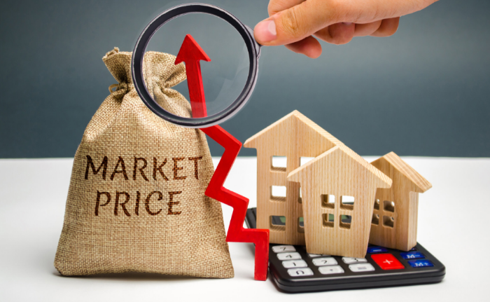 Andreas Schrobback - Immobilienpreise steigen weiter Bild©AdobeStock_Андрей Яланский