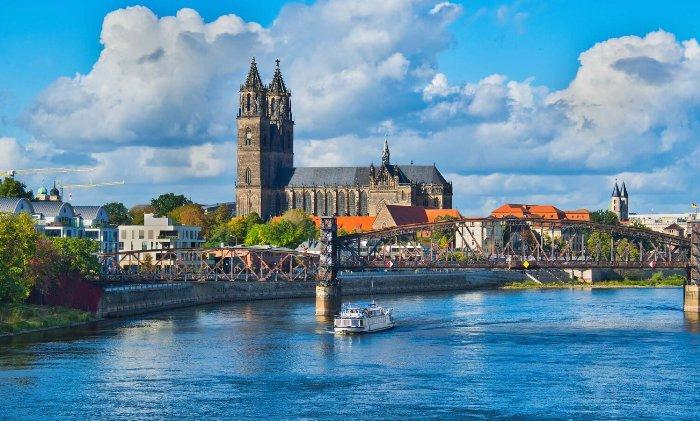 Wohnungsportfolio Magdeburg - AS Unternehmensgruppe Bild© AdobeStock_Votimedia